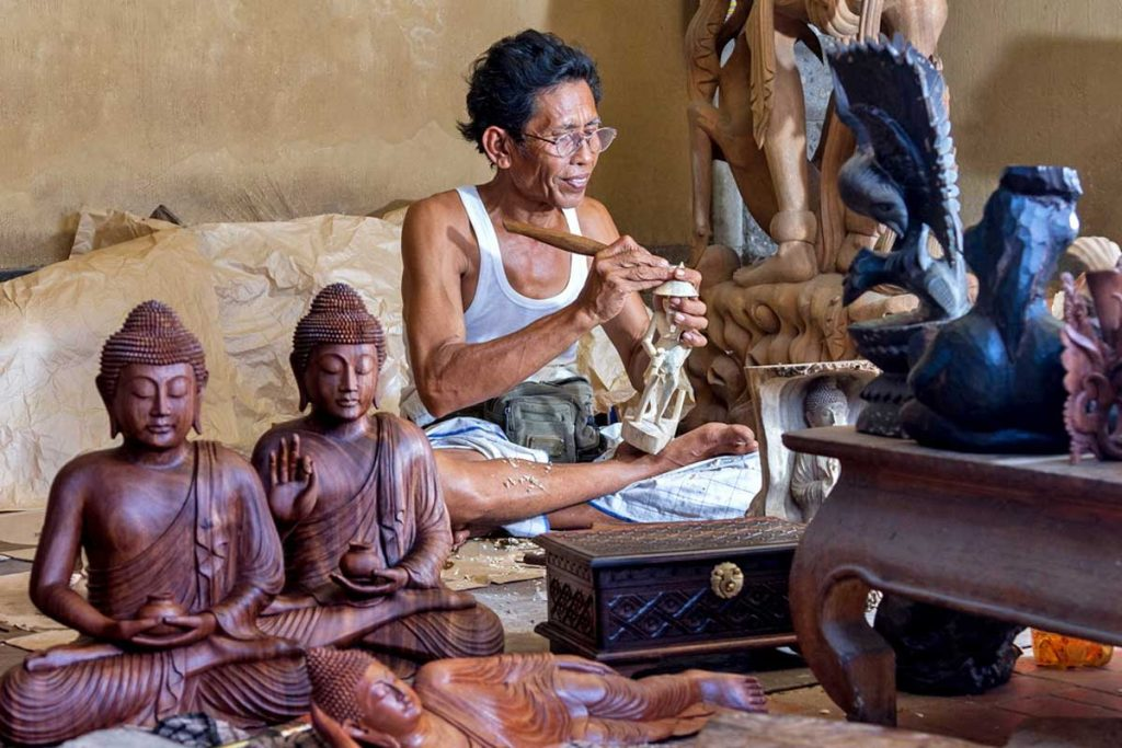 Mas Village Wood Carving | Sai Bali Tours