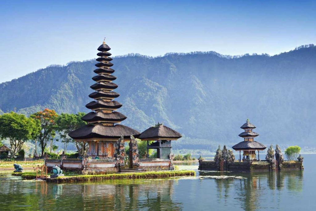 Ulun Danu Temple Lake Beratan