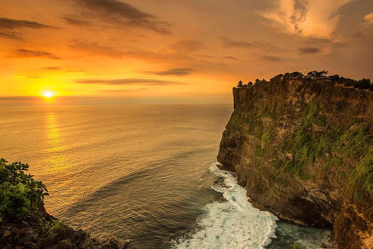 Uluwatu Temple Tour | Sai Bali Tours